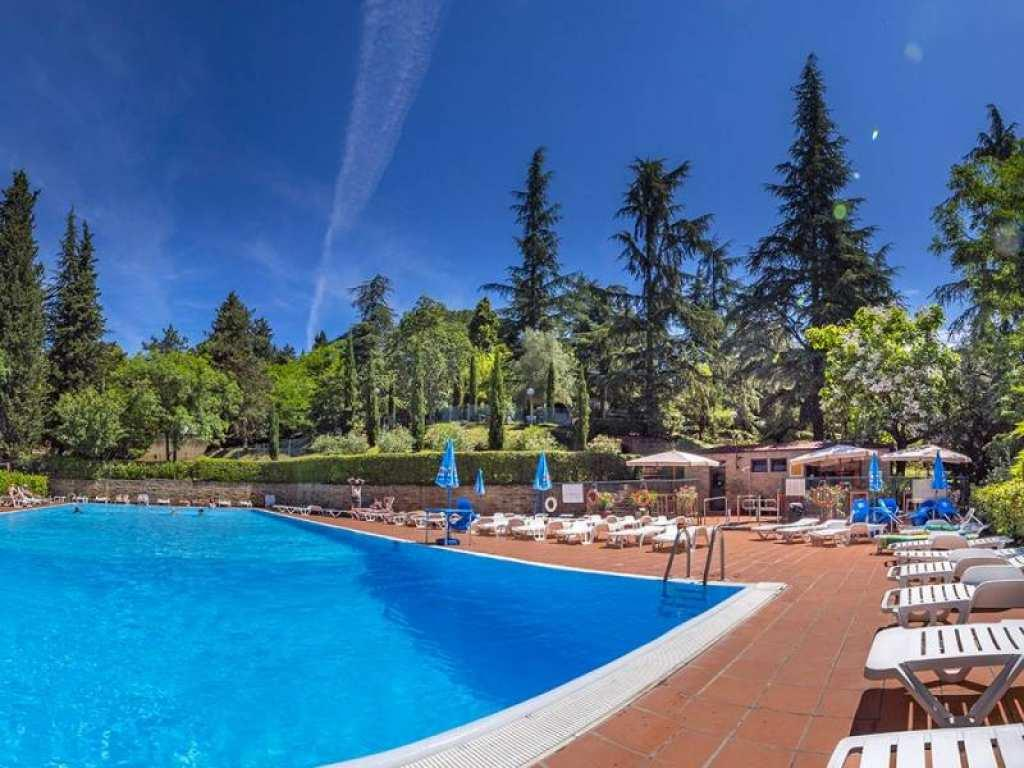 Camping Siena Colleverde basen